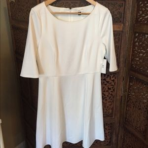 NEW NWT Halston Cream Back Detail Dress